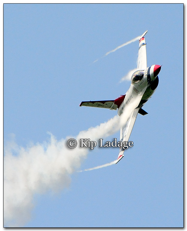 USAF Thunderbirds at Thunder In the Valley Air Show - Image 276615
