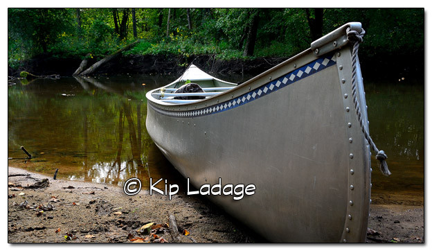 Aluminum Michicraft Canoe on Wapsipinicon River - Image 461060 (© Kip Ladage)