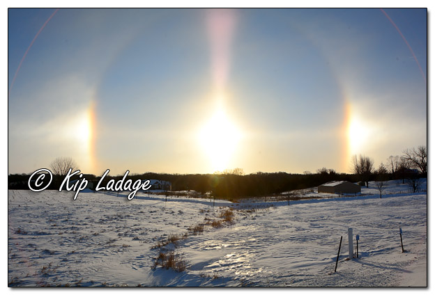 Beautiful Sundogs - Image 543555 (© Kip Ladage)