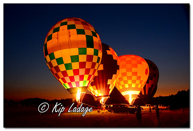 Hot Air Balloons - Image 511933 (© Kip Ladage)